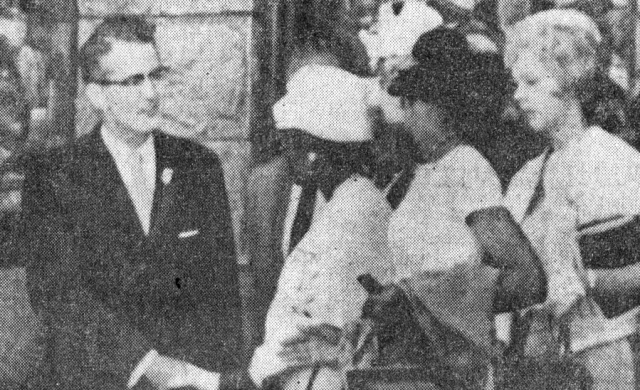 Earl Stallings, pastor of FBC Birmingham, welcomed black worshippers following a 1963 Easter service.