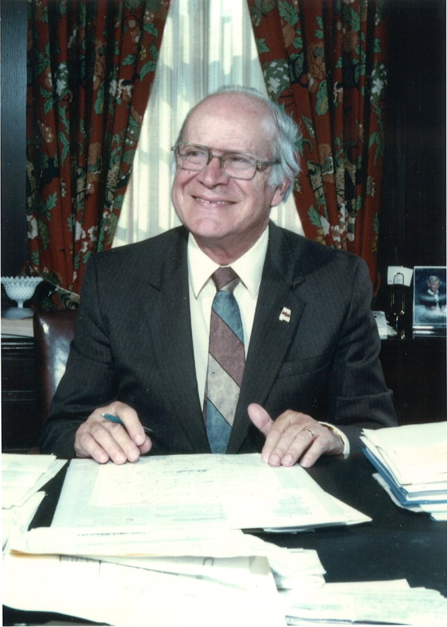Baggett, Hudson at desk.jpg