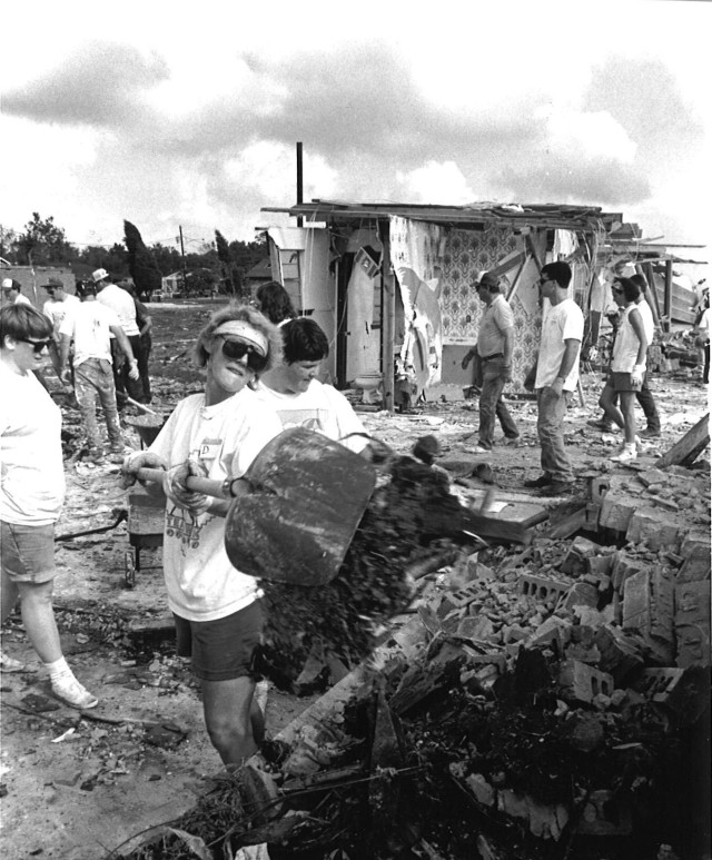 HurrAndrewDisasterRelief_8-23-92 copy 2